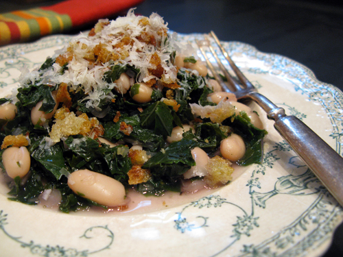winter vegetarian dish white beans with kale